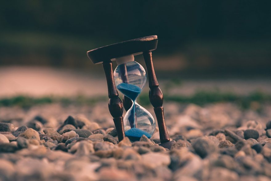 Como o Universo Entende ao Procrastinar algo?
